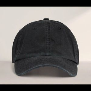 Aritzia TNA Panola Hat in Black One Size NWT